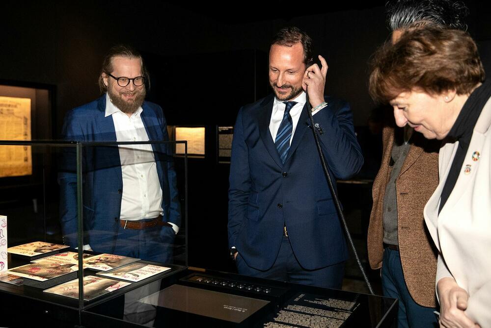 """Inauguration de la nouvelle exposition """"Opplyst"""" à Oslo"""