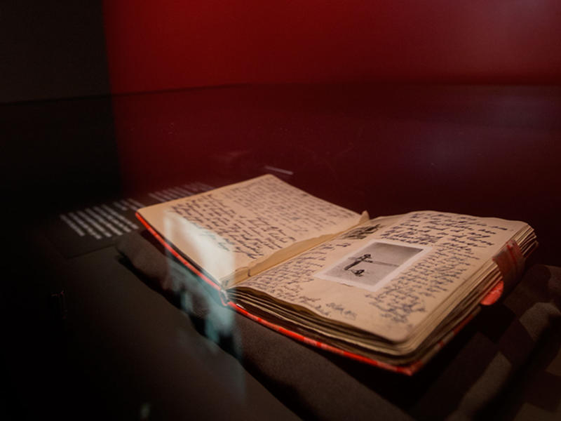 State of the art display cases for the diaries of Anne Frank.